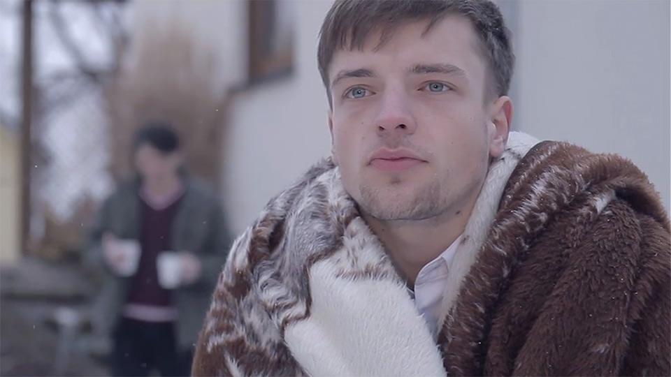 Weiß auf Weiß (2013)